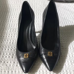 🖤 Black Tory Burch Pointed Toe Pumps 🖤
